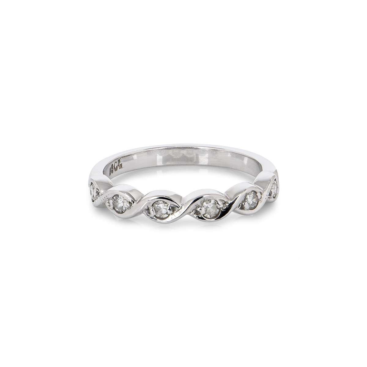 18WG 0.15CTW Diamond Ring